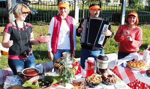 Сценарий праздника урожая для пожилых людей
